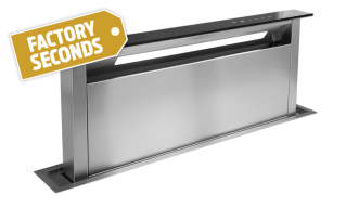 SDD2EMTC1180-T1 - 118cm Downdraft in Black Glass Finish (Factory Seconds)